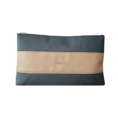 pouch105